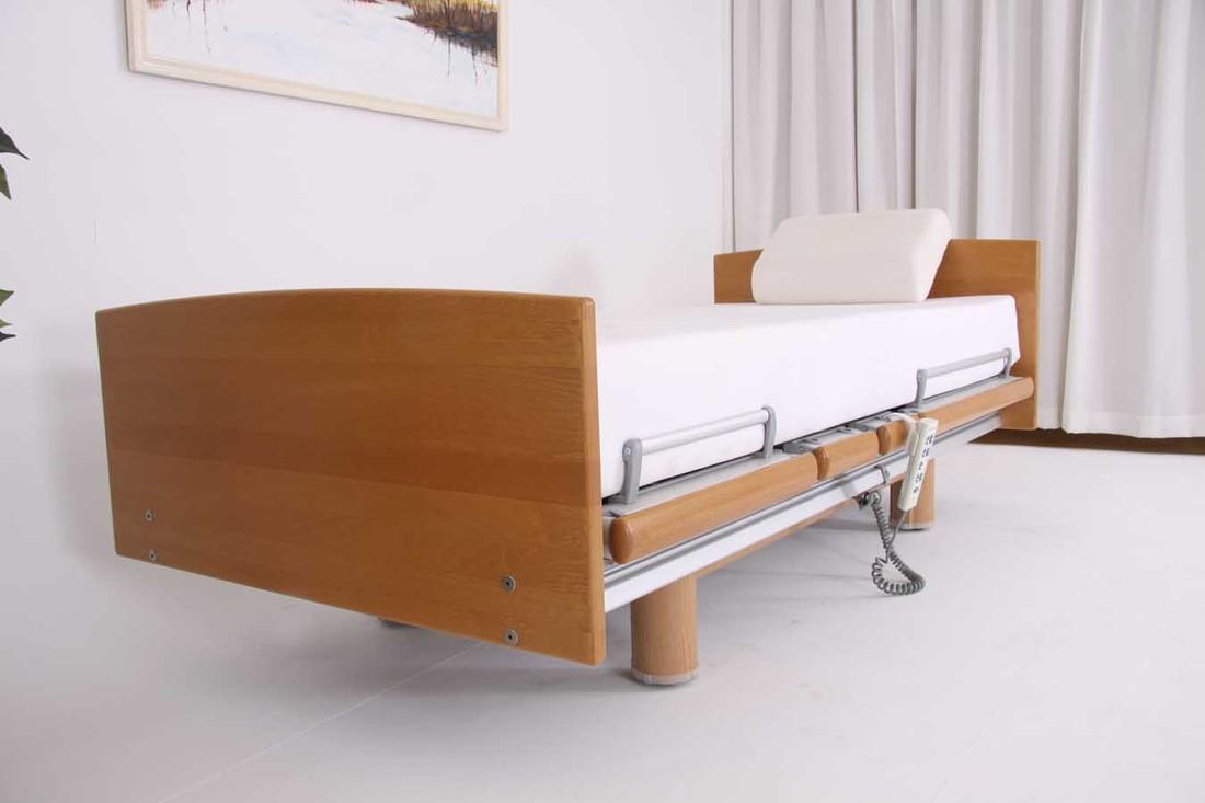 qqq507 Belletto 3080 MA uit voorraad. 90 x 200 hoog-laag bed van Völker