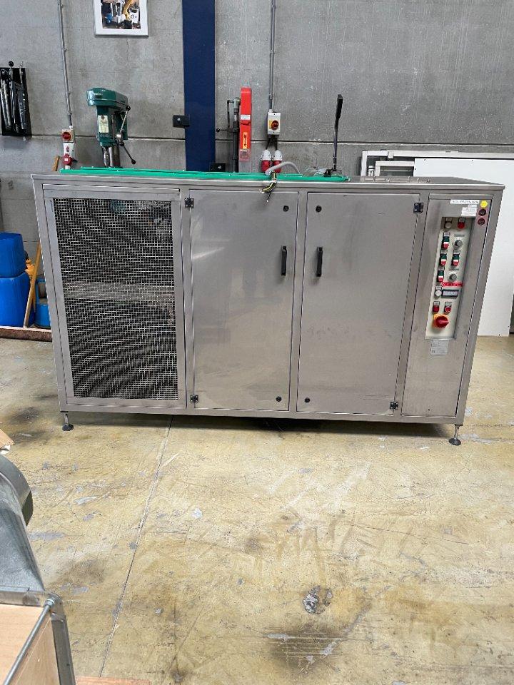 Buhral  dampontvettings reinigingsinstallatie